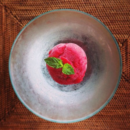 The Restaurant at The Chedi Club Tanah Gajah: Tamarillo beetroot sorbet from chef Dean