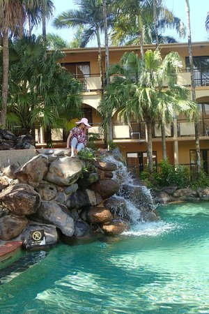 Palm Royale Cairns : My mum loved the hotel pools, great backdrop for photos
