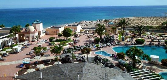 H10 Sentido Playa Esmeralda : vue de la terrasse du bar