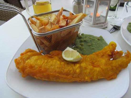 The Waterfront Bar & Food house : Friday fish night, faultless