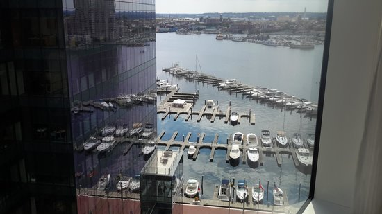 Four Seasons Baltimore: View of Harbor from the Room