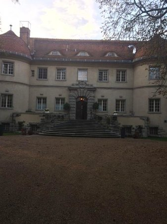 Schloss Kartzow: Hotel Vorderseite