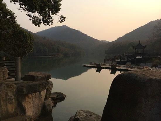 Baima Jian Longchi Scenic Spot : 湖