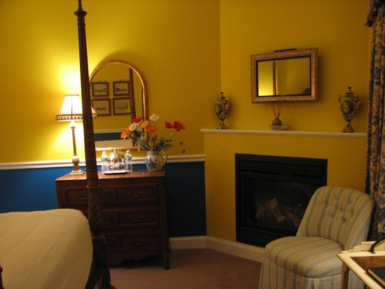 Hydrangea House Inn: French Country Room