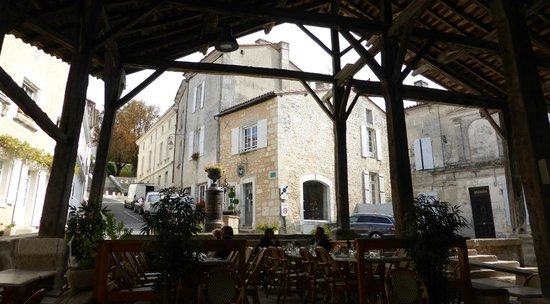 Le Lavalette : The view from the outside seating area