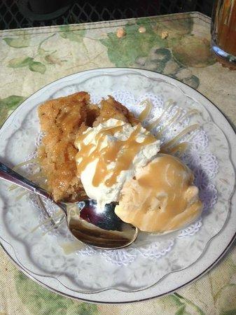 Wild Plum Tea Room: Apple Cake with Cinnamon Ice Cream