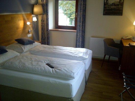 Hotel Restaurant Kaiserhof: Doppelbett