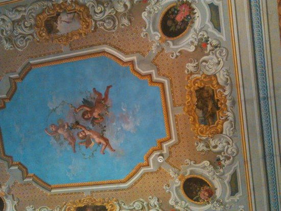 MsnSuite Apartments Palazzo dei Ciompi: Soffitto del salotto affrescato
