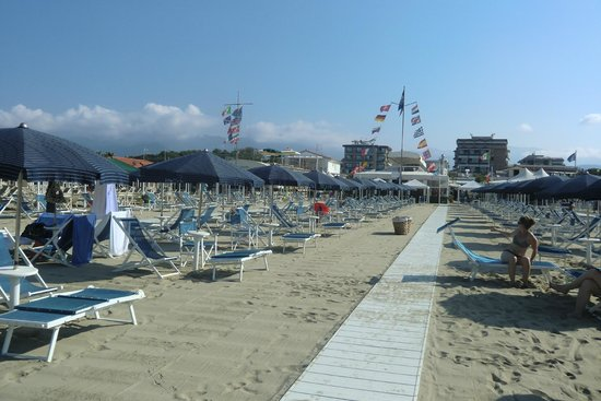 Strand Scorpio - Foto di UNA Hotel Versilia, Lido Di Camaiore ...