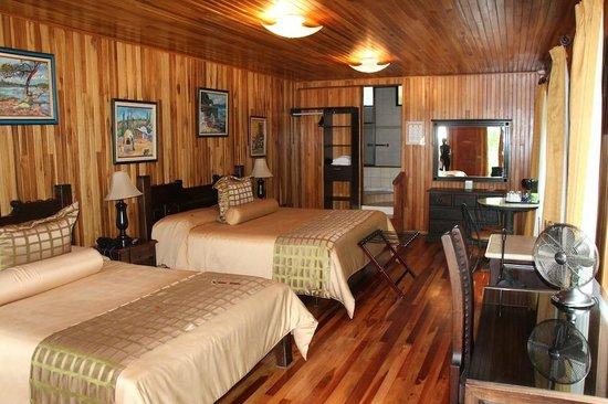 Hotel Fonda Vela : Our room (nr. 15, in the basement)
