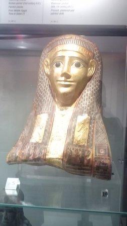 Museo di Scultura Antica Giovanni Barracco : Maschera di mummia