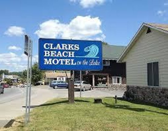 CLARKS BEACH MOTEL $99 ($̶1̶0̶9̶) - Updated 2019 Prices