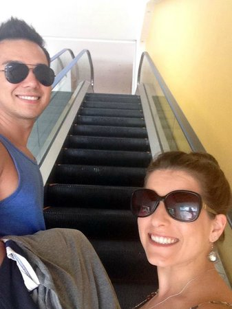 Casa Mexicana Cozumel: Riding the escalator up everyday was fun!