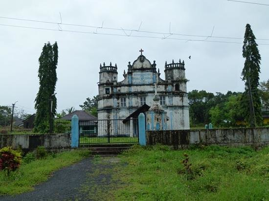 Panjim, Indie: old building,Divar Island
