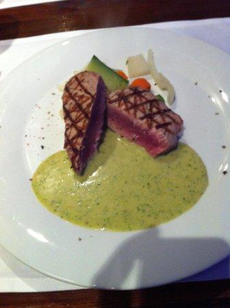 Restaurant One & Only: tuna