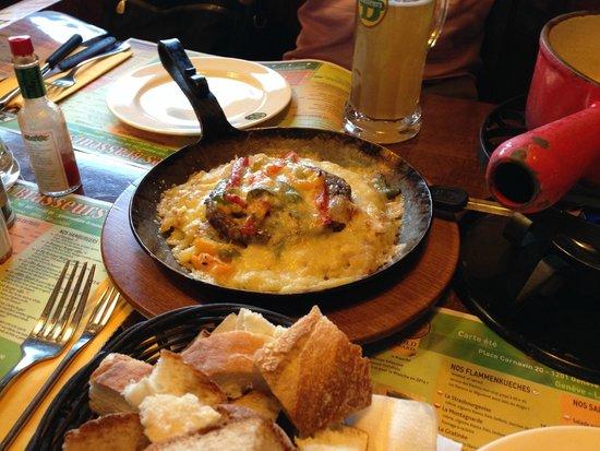 Les Brasseurs: 肉とチーズ