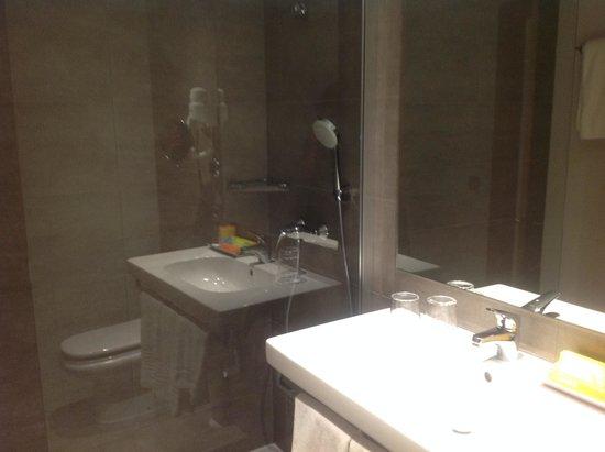 BQ Augusta: baño