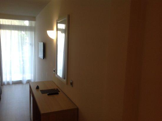 BQ Augusta: habitacion