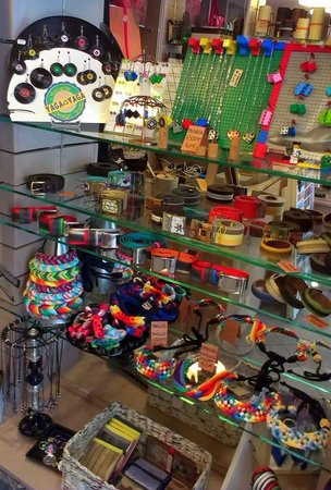 Yaga Yaga Recycle Design Shop
