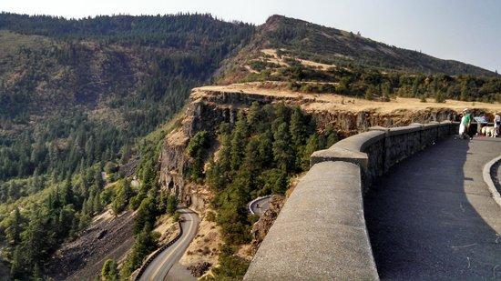 Road Along Columbia River Cliffs