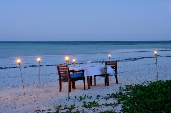 Kisiwa On The Beach Resort Dining