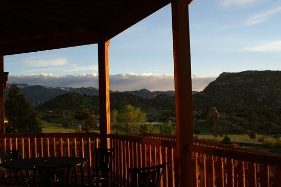 Mary's Lake Lodge Mountain Resort and Condos: Unit 11B breath taking view!