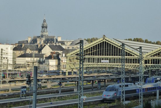 Mercure Tours Centre Gare: Zimmerblick am Morgen