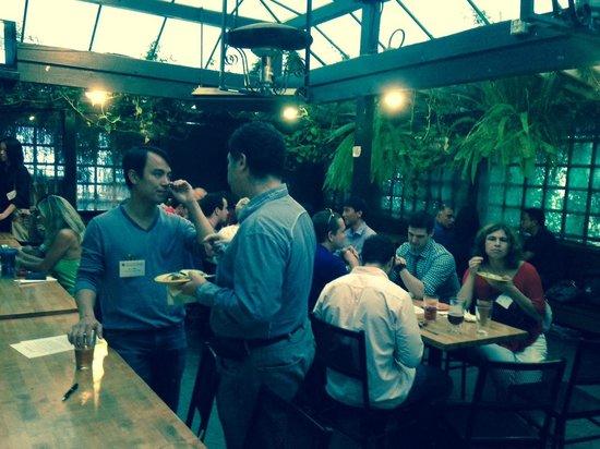 Beer Garden Party Underway Bild Von Tied House Cafe Brewery
