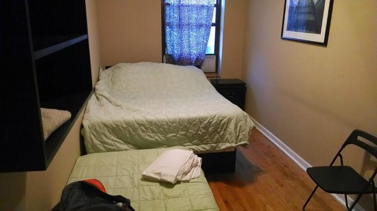 West 46th Street Apartment : Bedroom