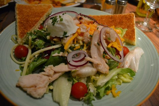 Bistro Romain Cadires: Chef Salad, soo good!
