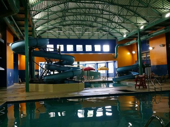 Ramada Plaza Green Bay: Indoor waterpark