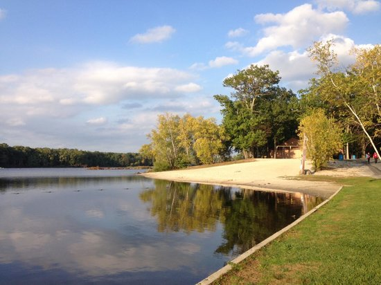 Otter Lake Camp Resort: Lake
