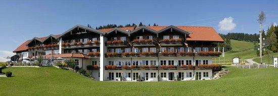 Haubers Alpenresort Hotel: Der Gutshof in der Totalen