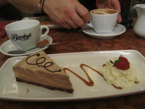 Bewley's Cafe: Baileys Cheesecake