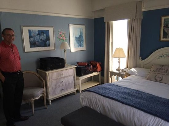 Cornell Hotel de France: Our room