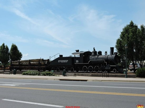 Historic Downtown and Railroad District: Historic Downtown - Treno