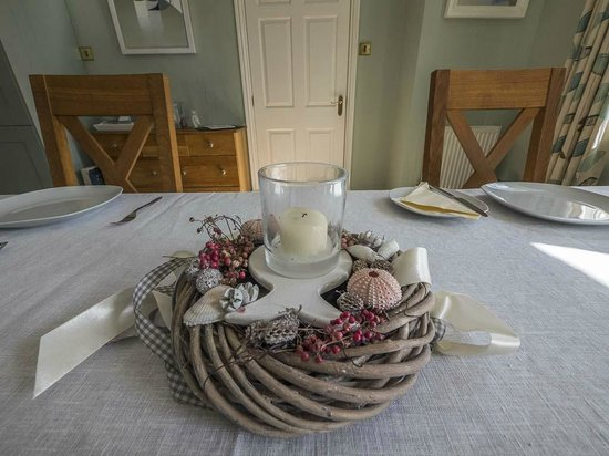 Barn Owl Bed and Breakfast: accessories remind guests of the nearby seashore
