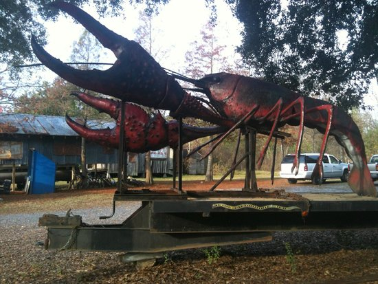 Bayou Cabins: rard sculpture