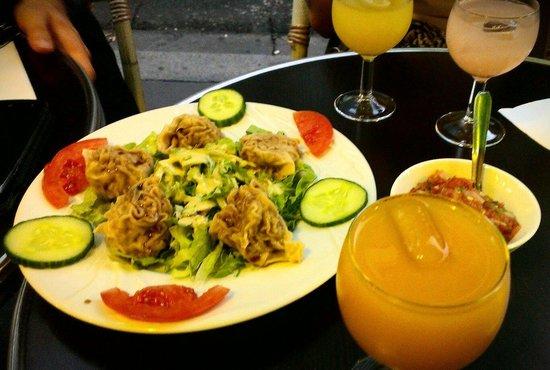 Restaurant Ile de la Reunion: Bouchons et punch en apéro