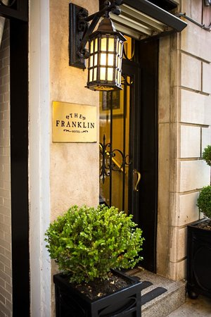 The Franklin: Entrance