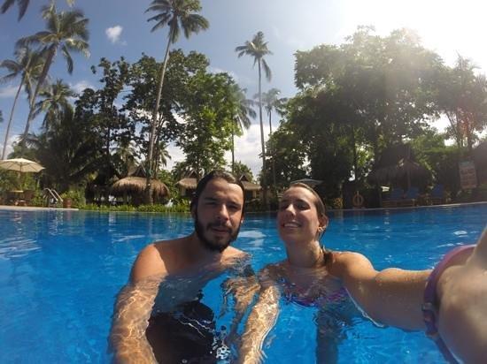 Daluyon Beach and Mountain Resort: piscina