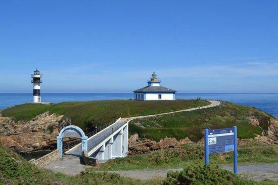 Illa Pancha: Vista del Faro y el Puente
