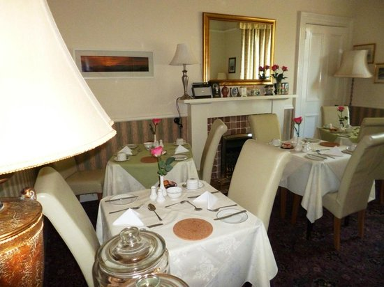 Sonas Guest House : Sona's dining room