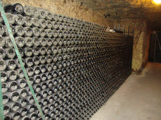 Chateau Gaudrelle, Vins de Vouvray : wall of dusty bottles