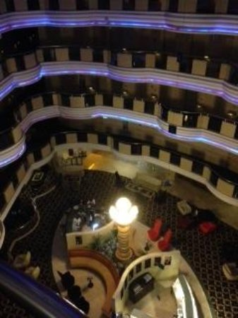 Eser Premium Hotel & Spa: a view of the open hall from third floor