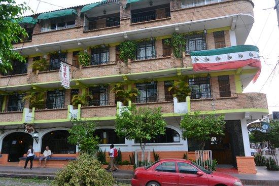Hotel Villa Del Mar: Closer look of hotel balcony