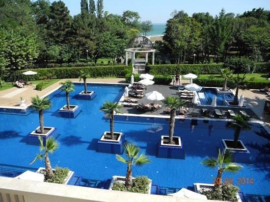 Grand Hotel & SPA Primoretz: Poollandschaft