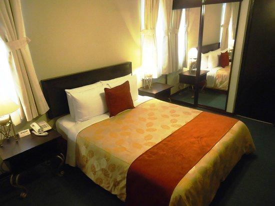 Leon de Oro Inn & Suites: Habitación Doble Matrimonial