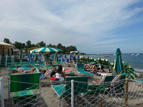 Si puo anche fare il bagno picture of aenaria beach - Varicella si puo fare il bagno ...