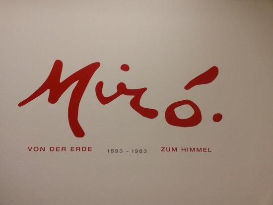 Albertina: Insegna della mostra di Mirò